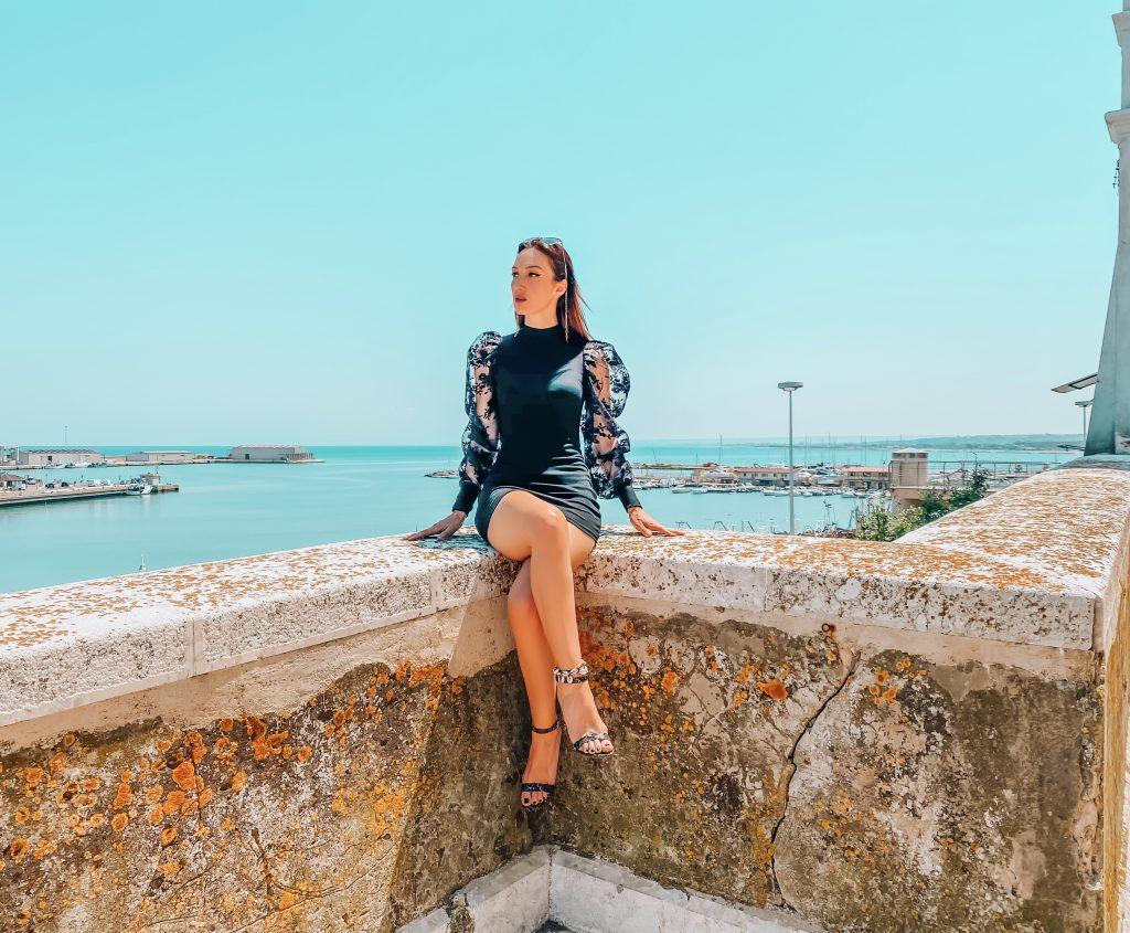 Femme Luxe Finery : abbigliamento femminile di tendenza a piccoli prezzi